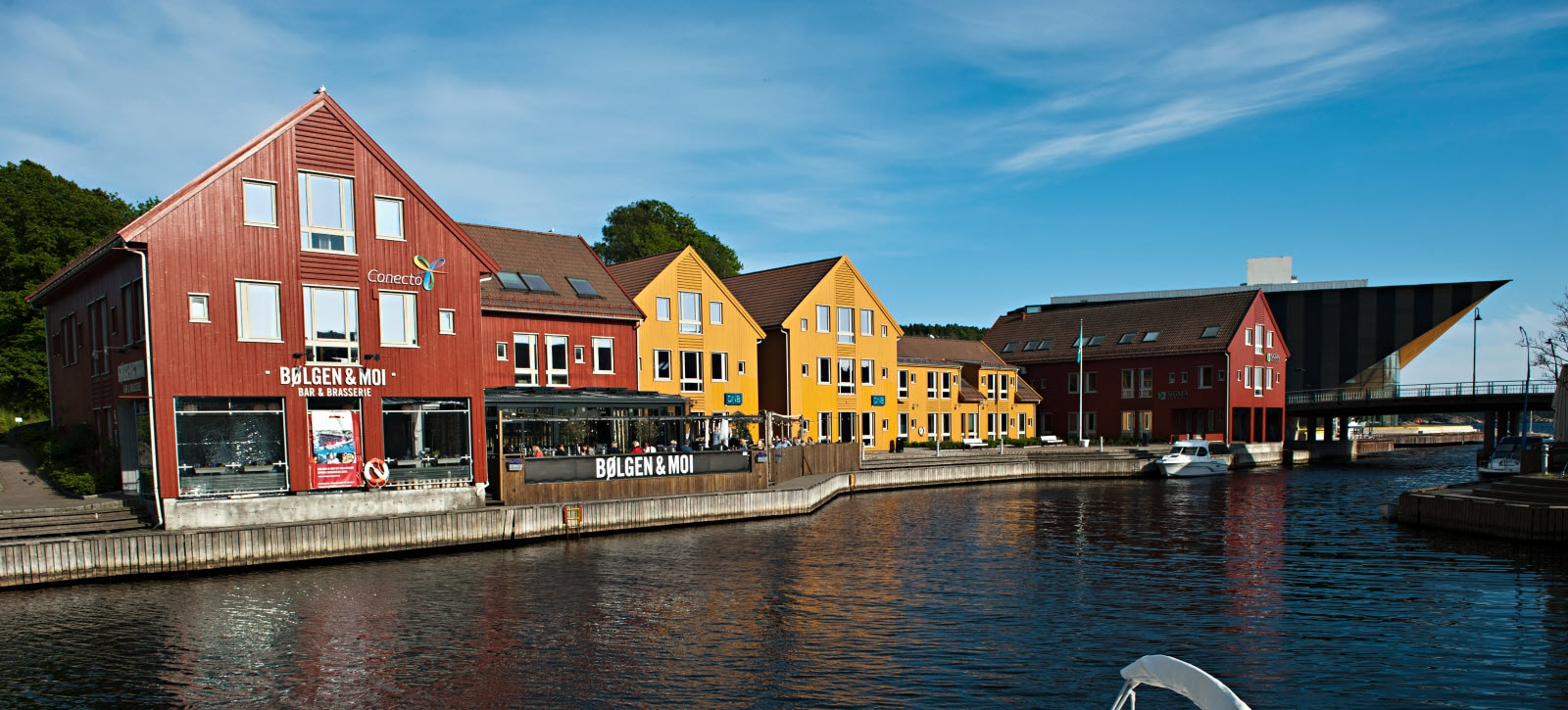 The-Fish-Market-in-Kristiansand-VS-052012-Terje-Ra.jpg