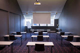 Conference room Attache – classroom setup
