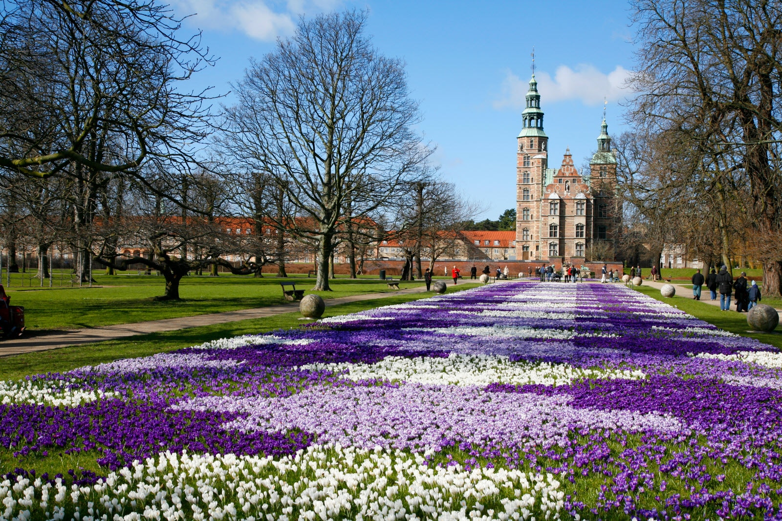 Rosenborg Castle which is a renaissance castle in the center of Copenhagen. It was built in 1606 and is an example of Christian IV's architectural projects. Here seen at springtime.