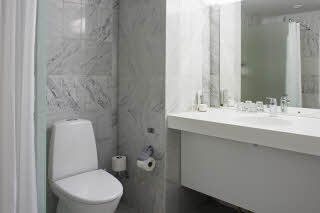 Scandic Regina, Standard room bathroom
