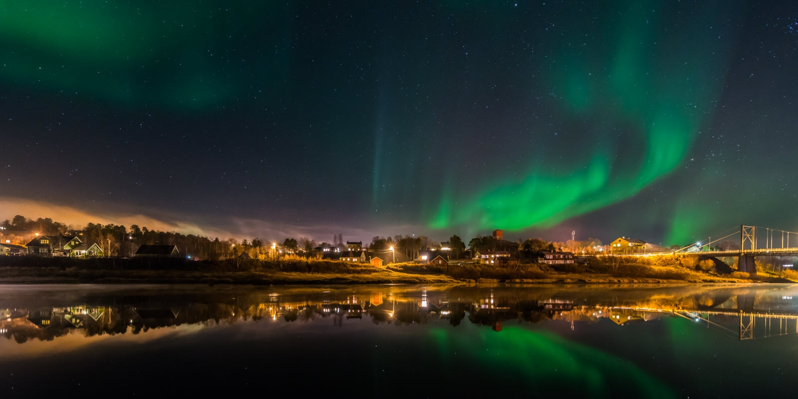stock-photo-aurora-borealis-karasjok-65467429_by_K.jpg