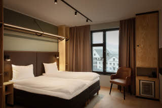 twin beds in room accessibility at scandic voss in norway