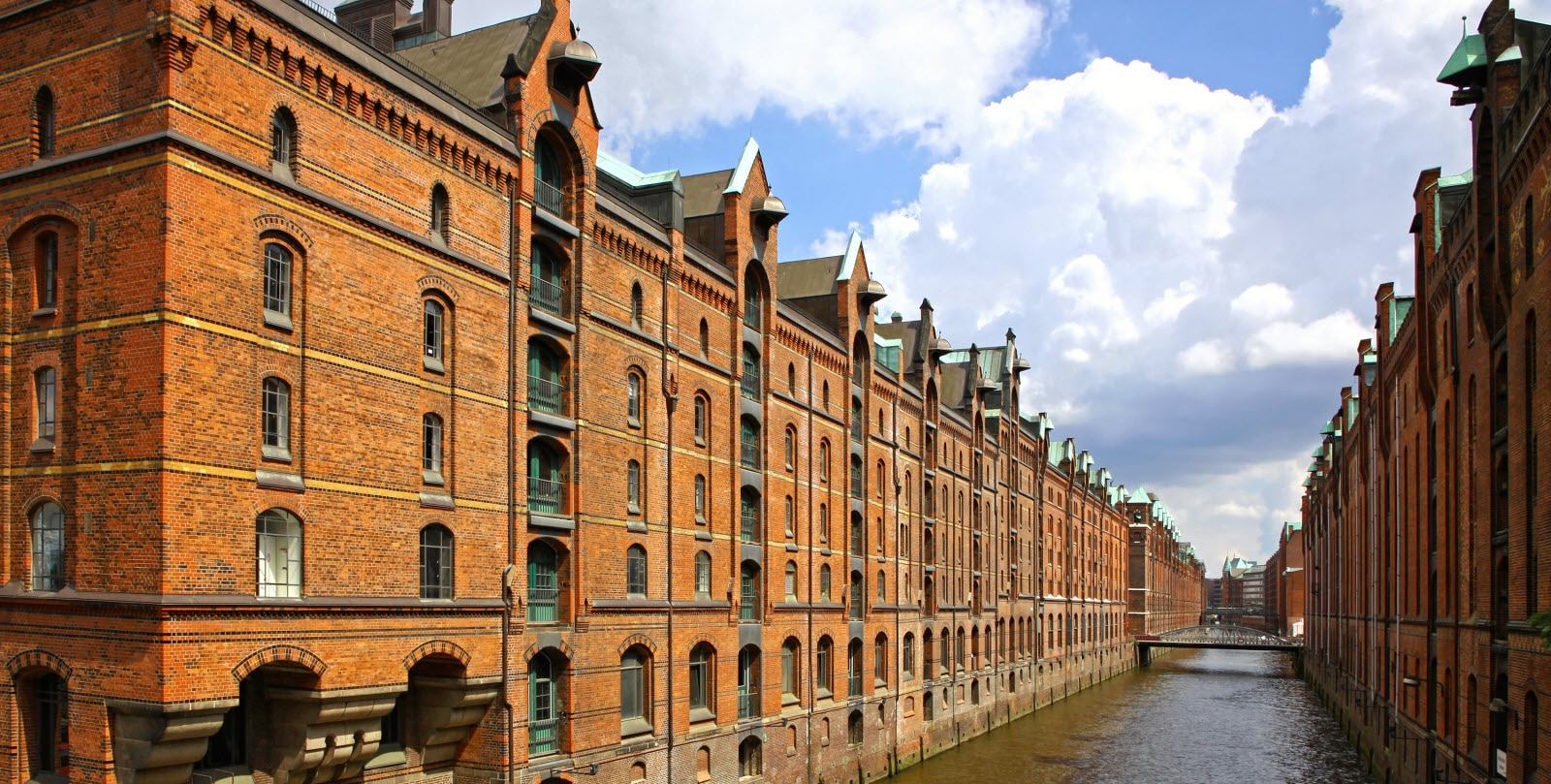 germany-hamburg-speicherstadt-district.jpg