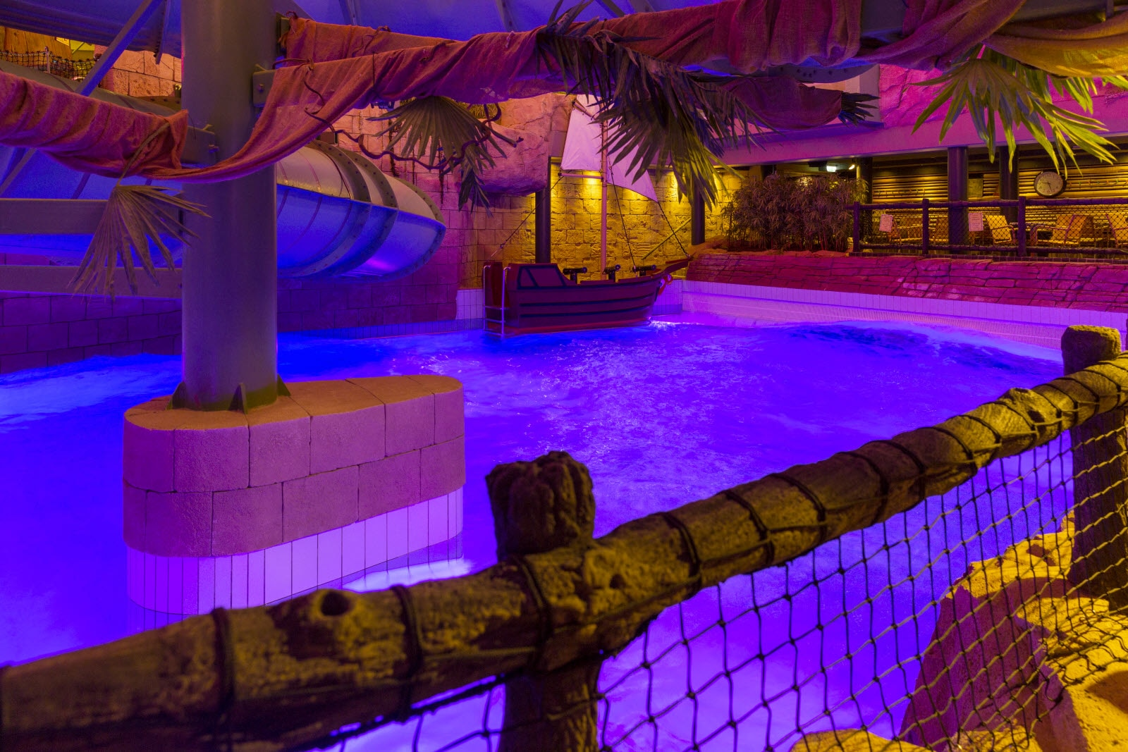 Angebot 3 n chte zum preis von 2 in frederikshavn for Angebote swimmingpool