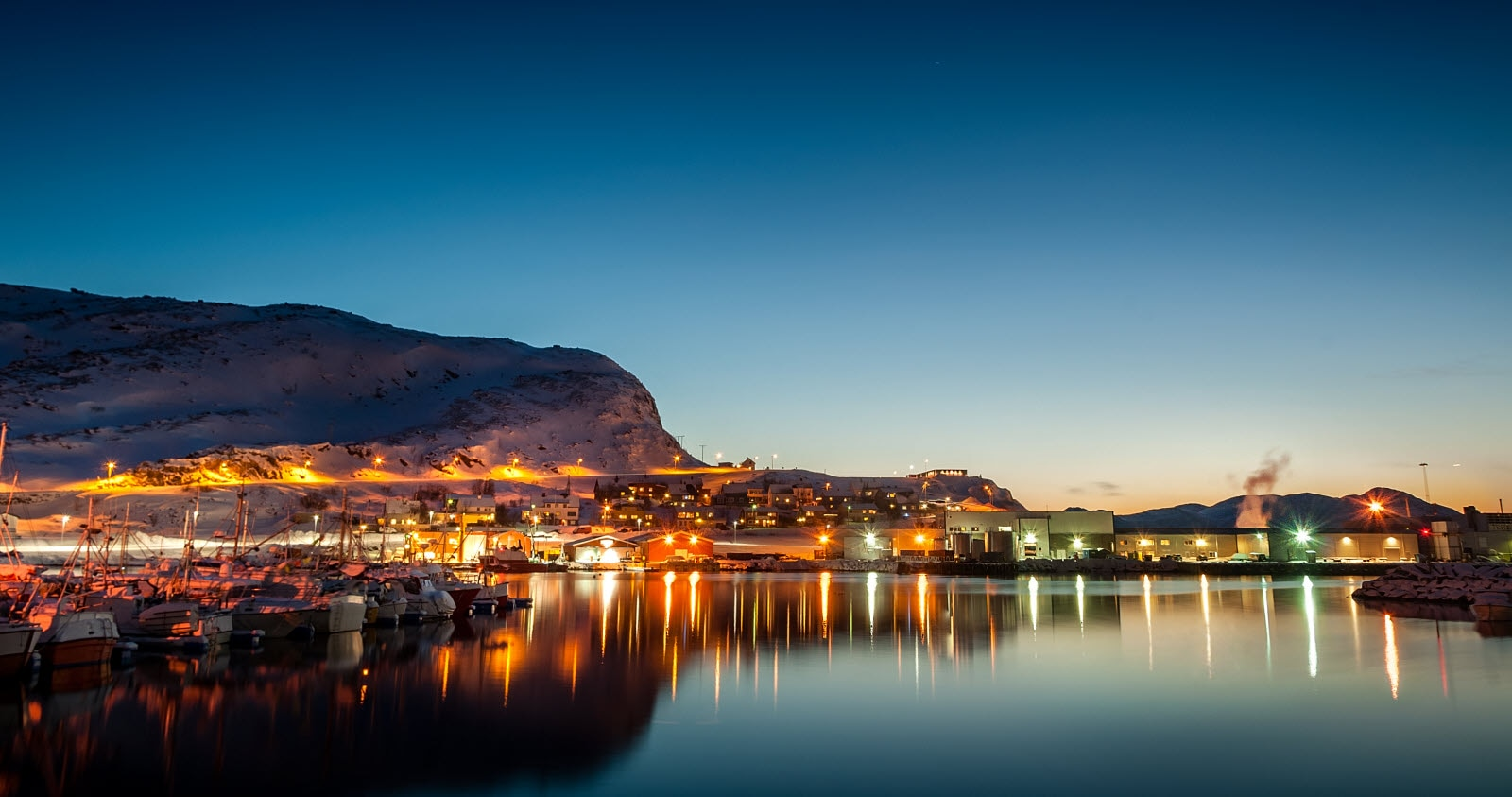 stock-photo-hammerfest-polarbase-landscape-photogr.jpg