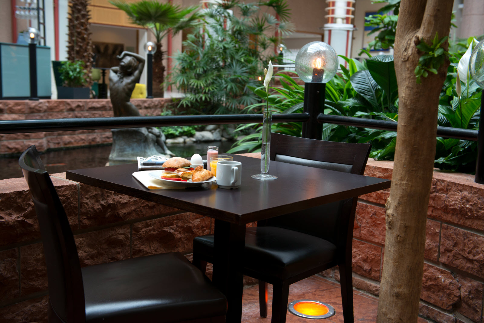 Infra-Upplands-vasby-Restaurant-Breakfast.jpg